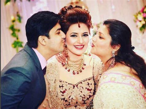 vivek dahiya sister raksha bandhan spl divyanka tripathi shares her rakhi