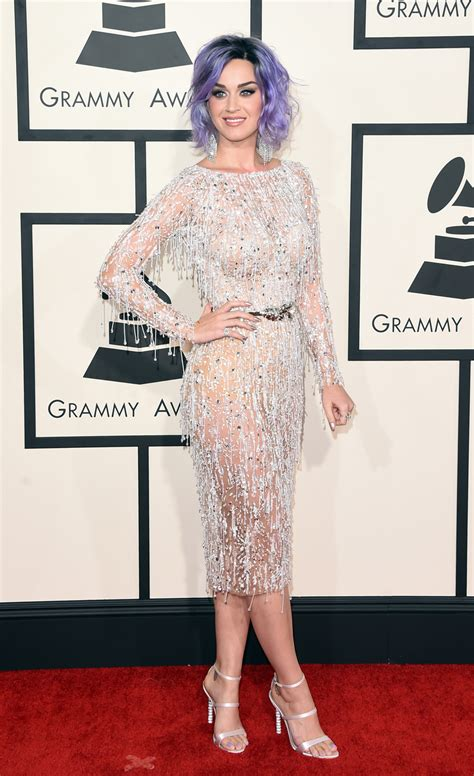Catwalk To Carpet Grammy Awards by Grammy Awards 2015 Nanda Pires