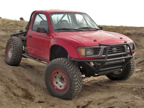 total chaos fabrication   tacoma  lug prerunner wd long travel suspension kit