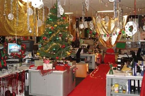 work christmas decorating ideas creative inspirational work place decorations godfather style