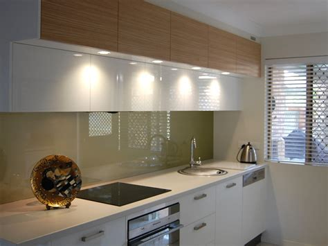Kitchen Mirror Backsplash by Splashbacks Qld Glassworks