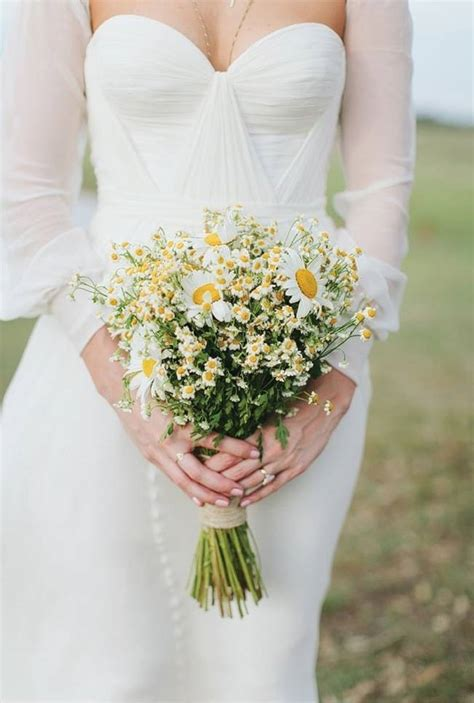 Wedding Bouquet Of Daisies by Iris Wedding Bouquets Ehow Invitations Ideas