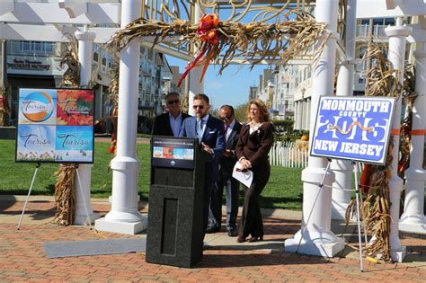 Monmouth County Records Monmouth Officials Businesses Report Record 2016 Tourism Revenue Nj