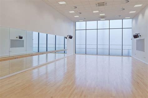 Korea Style Interior Design by Dance Mirrors Amp Barres At Collegiate Amp Highfurlong
