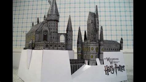 Hogwarts Castle Papercraft - mini paper model of the hogwarts school castle from the