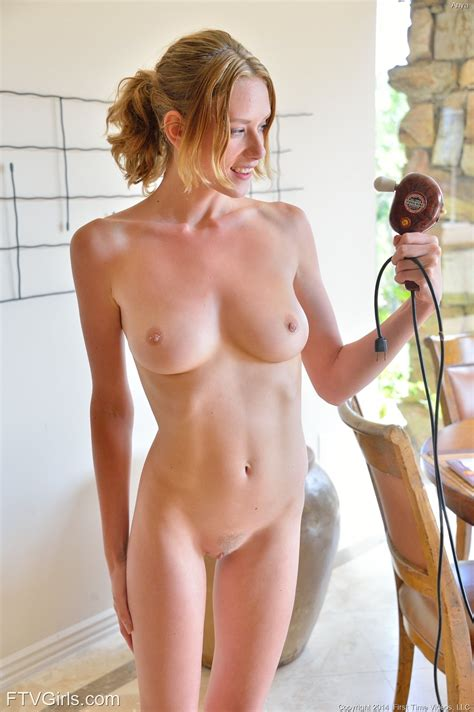 Ftv Model Anya In Natural Nude Figure 16 Photos Video