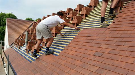 clay tiles private house havant aldworth roofing