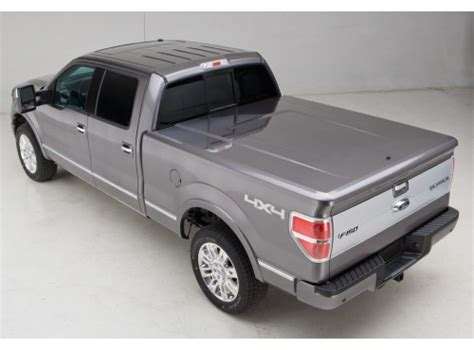 Tonneau Covers   Hard Painted by UnderCover, 6.5 Short Bed