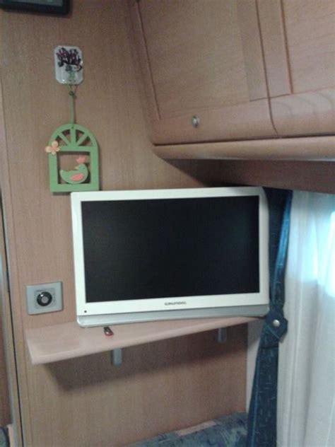 mensole porta tv istallare un porta tv cer