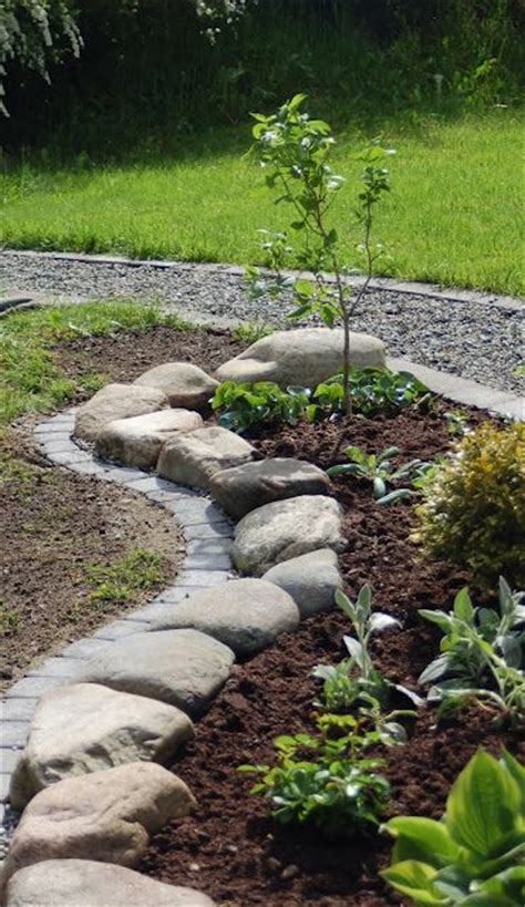 Is Landscape Edging Necessary 25 Best Ideas About Landscape Edging On