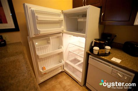 the two bedroom suite at the homewood suites by hilton the two bedroom suite at the homewood suites henderson