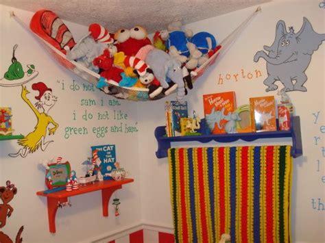 Dr Seuss Nursery Decorations Dr Seuss Nursery Ideas Dr Seuss Nursery Nursery Designs Decorating Ideas Hgtv Rate My