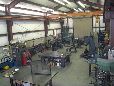 engineering workshop layout ideas ooh i want that crane atelier pinterest shop ideas