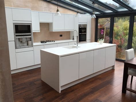 kitchen island worktops tristone antarctice ice worktop island with downturn legs