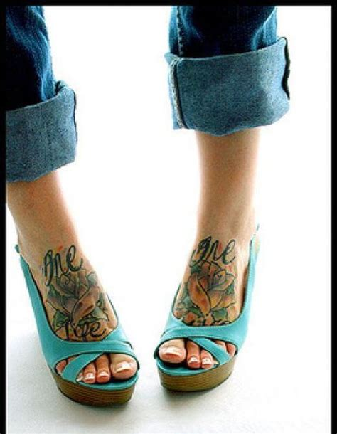 tatuaggi piedi fiori tatuaggi bellissimi sui piedi e sulle caviglie dai fiori