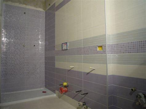 rivestire piastrelle bagno rivestimento bagno