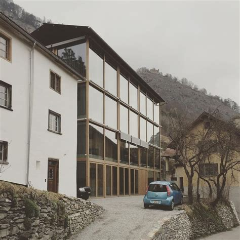 libro peter zumthor buildings and new atelier building haldenstein peter zumthor photo leonard kadid architektur