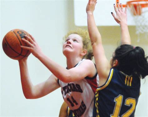 tom carson photos cindy freeze north shore basketball finals tonight