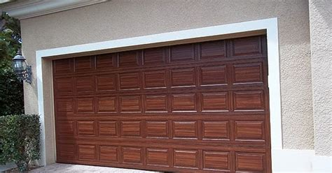 Can You Paint Garage Doors You Can Paint Your Garage Door To Look Like Wood Everything I Create Paint Garage Doors To