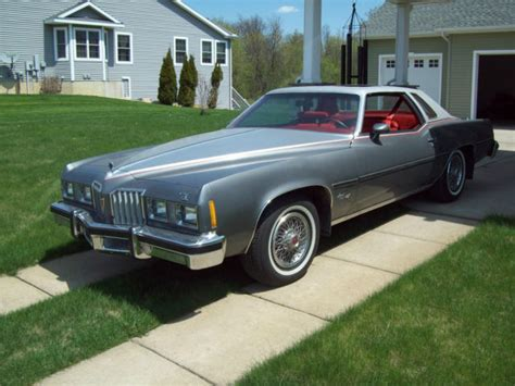 auto air conditioning service 1977 pontiac grand prix electronic throttle control seller of classic cars 1977 pontiac grand prix silver red