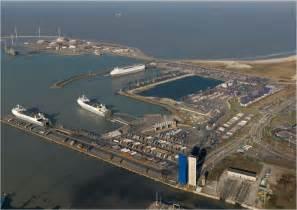 c ro ports stevedoring services