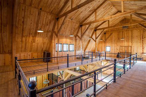 gambrel horse barn  nebraska farmhouse shed