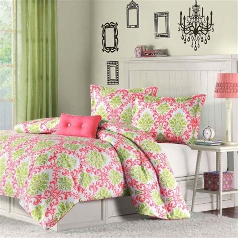 lilly pulitzer twin bedding 1000 images about dorm room ideas for alexis on pinterest