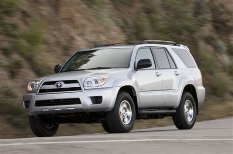 2006 Toyota 4runner Dimensions 2006 Toyota 4runner Reviews And Rating Motor Trend