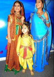 Avika gor with her co stars
