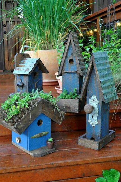 homemade bird houses designs diy bird house pole
