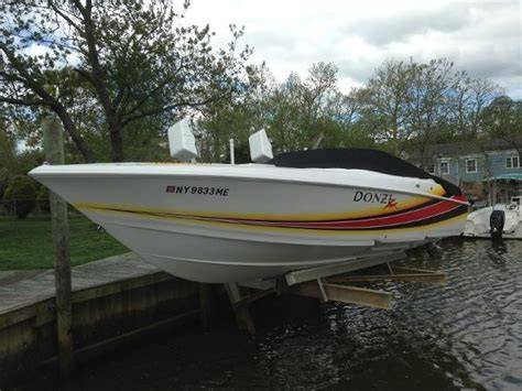 donzi powerboats for sale uk used power boats high performance donzi boats for sale in