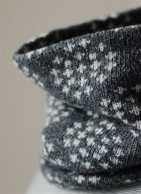 Cow Set Pashmina 17 best images about knitting scarf cowl shawl on knit cowl free pattern and