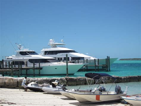 staniel cay yacht club cottages cottages picture of staniel cay yacht club staniel cay