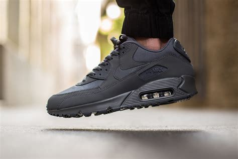 Nike Airmax 90 nike air max 90 essential grey sneaker bar detroit