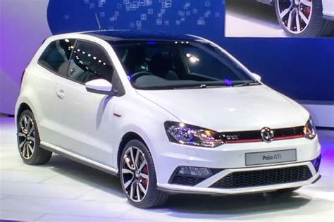 volkswagen polo gti unveiled  auto expo  car news