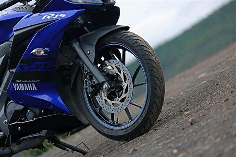 dogunun  cc krali yamaha yzf   motosiklet sitesi