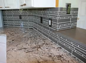 glass kitchen backsplash tile kitchen backsplash ideas glass tile afreakatheart