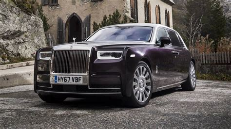 2018 Rolls Royce Phantom First Drive Motor1 Com Photos