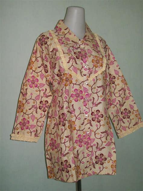 Cp Batik Merah blus batik muslimah lengan panjang bermotif bunga warna