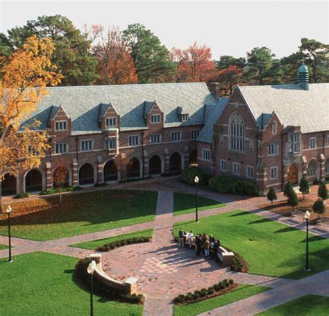 Of Richmond Mba by 30 Most Beautiful Small College Cuses In America