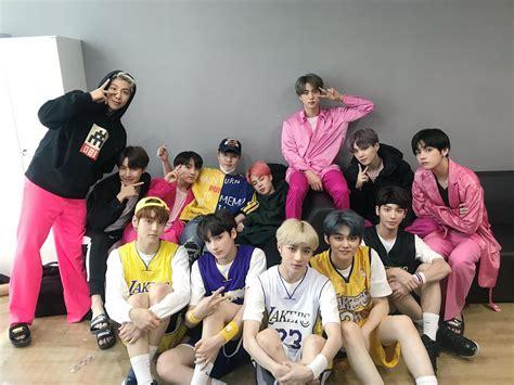 lee hyun berbagi foto bersama bts  txt koreanindo