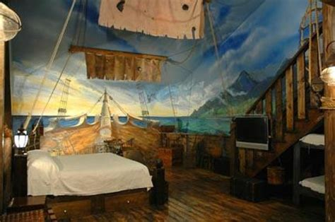 theme hotel in kentucky the pirate room picture of wildwood inn florence