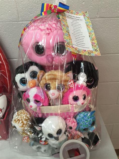 theme names for gift baskets feb 17 school fundraiser gift basket ideas theme baskets