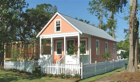 Katrina Cottages katrina cottages slabbed source