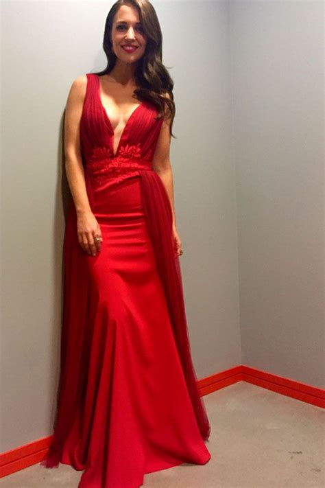 celebrity style gowns pin de stylelovely en paula echevarr 237 a dresses fashion