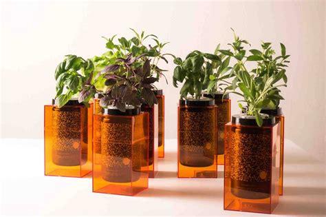 Hydroponic Planters by Futurefarms Spacepot Hydroponic Planter 187 Gadget Flow