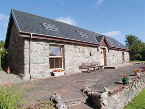 fyvie cottage in fort william selfcatering travel