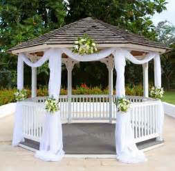 Simple Gazebo Wedding Decorations by 25 Best Ideas About Gazebo Wedding Decorations On