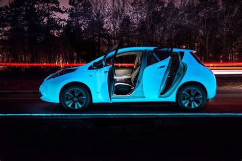 glow in the car paint uk bright future nissan leaf is glow in the car