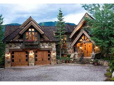 mountain lodge home plans 25 best ideas about mountain homes on pinterest